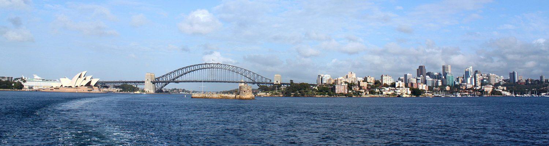 panorama Sydney z promu