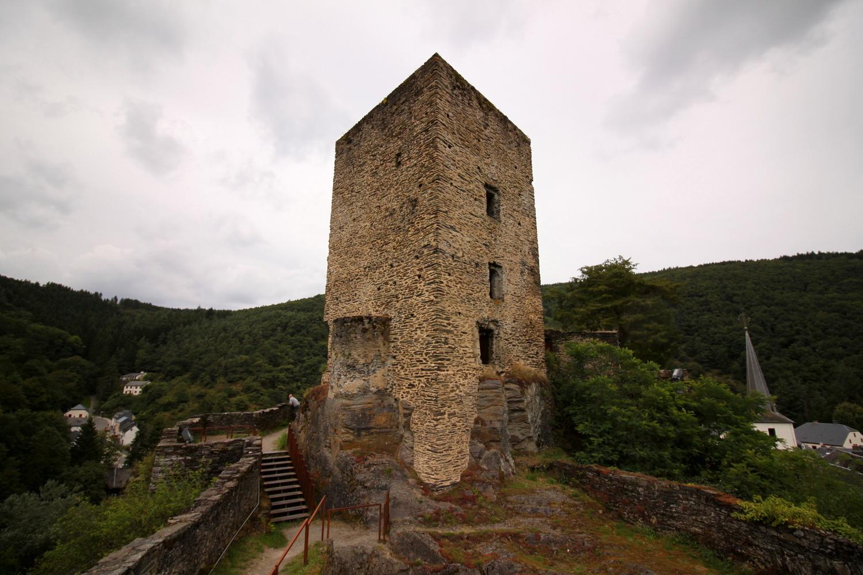 Wieza zamkowa w Esch sur Sure