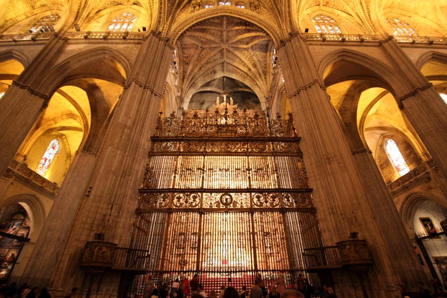 katedra sewilla wnętrze ołtarz