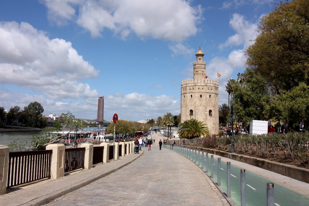 Torre del oro sewilla