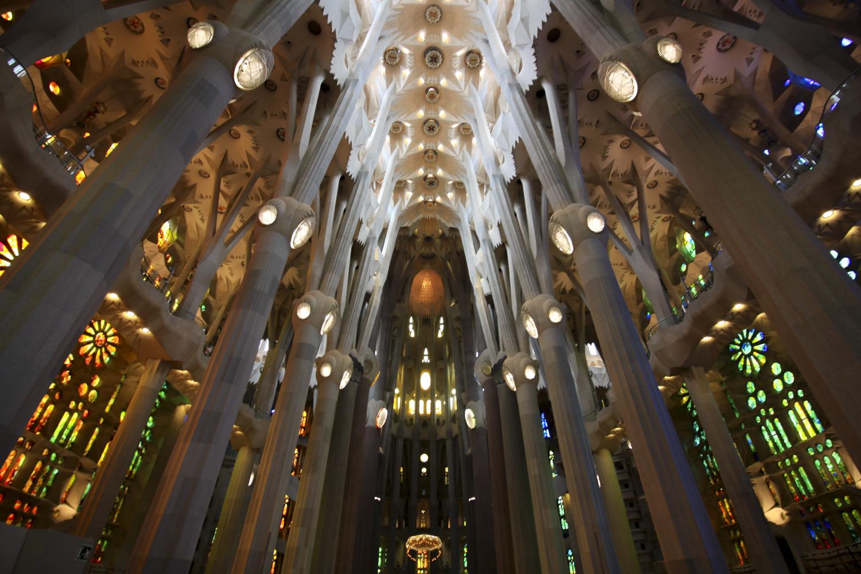 Barcelona Sagrada Familia wnetrze