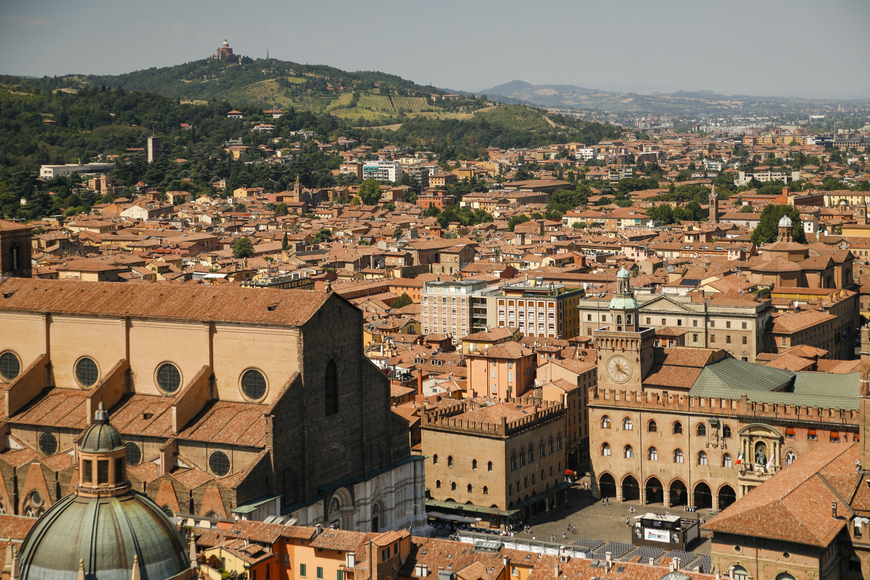 Bolonia widok wieża Asinelli