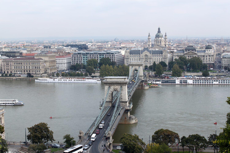 Budapeszt Most Lancuchowy widok na Peszt