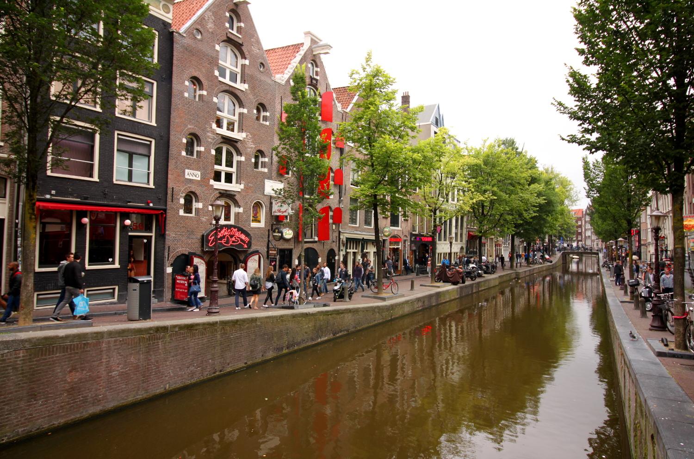 Dzielnica czerwonych latarni Amsterdam