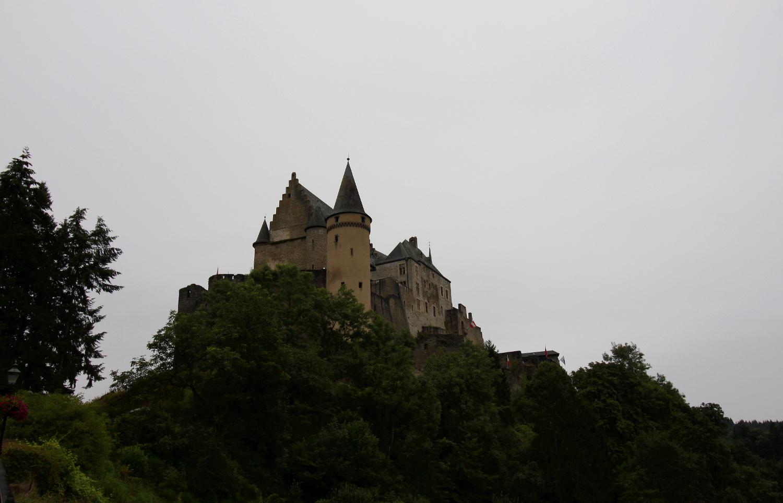 Zamek Vianden w Luksemburgu.